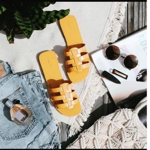 🆕️//Ibiza Sunset// Yellow croco Sandal